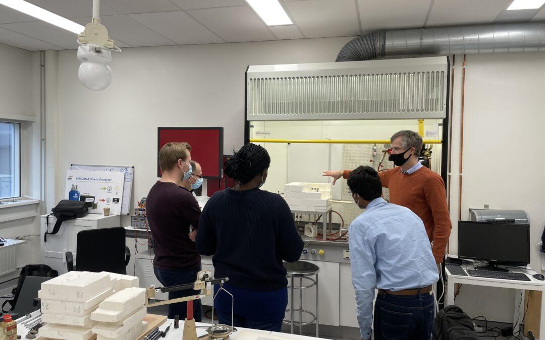 Team Rijks Universiteit Groningen visiting our lab